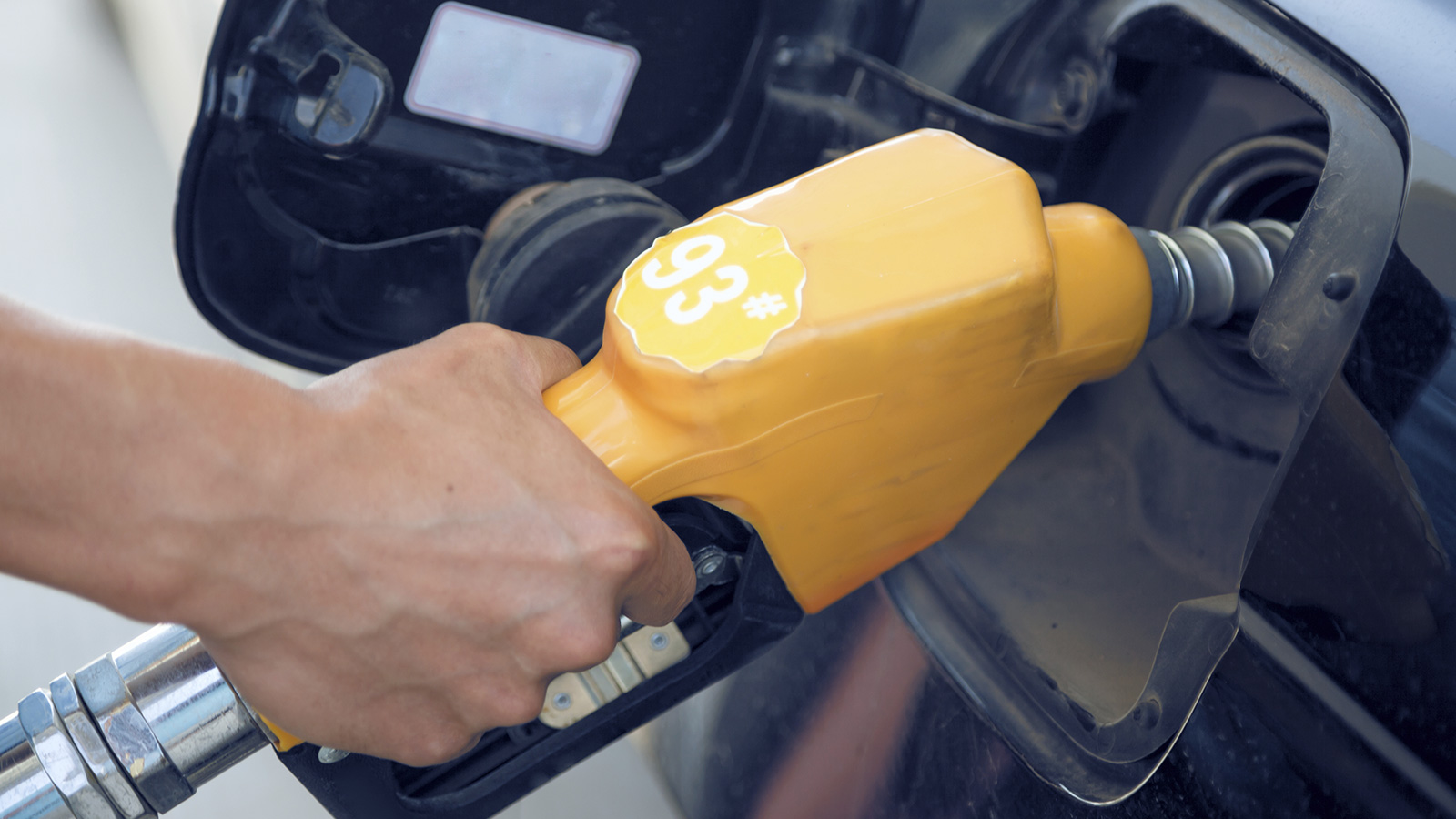 yellow-gas-pump-1600x900